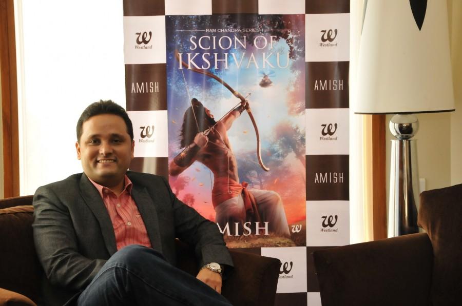 Akshay Kumar,Akshay Kumar book launch,Amish Tripathi,Scion of Ikshvaku