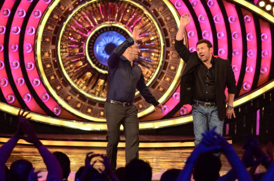 Bigg Boss 9,Bigg Boss,Sunny Deol,Ghayal Once Again,salman khan,Ghayal Once Again movie promotion,Ghayal Once Again promotion,Bigg Boss Double Trouble,Double Trouble