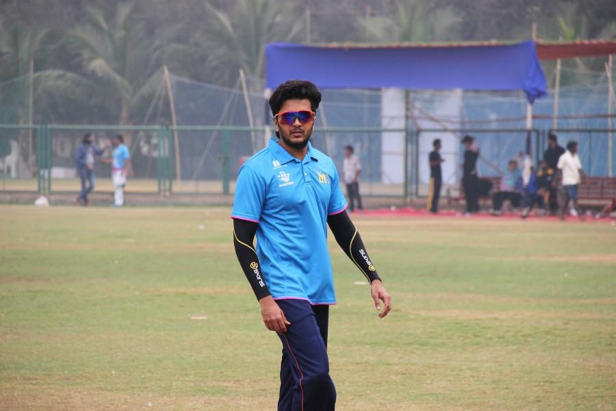 Mumbai Heroes,CCL,CCL 2016,CCL Practice Session,Riteish Deshmukh,Bobby Deol,Shabbir Ahluwalia,Sameer Kochhar,Kabir Sadanand,Vatsal Seth,Jay Bhanushali,Indraneel,Saaqib Saleem,Mumbai Heroes Practice Session,Mumbai Heroes players,Celebrity Cricket League