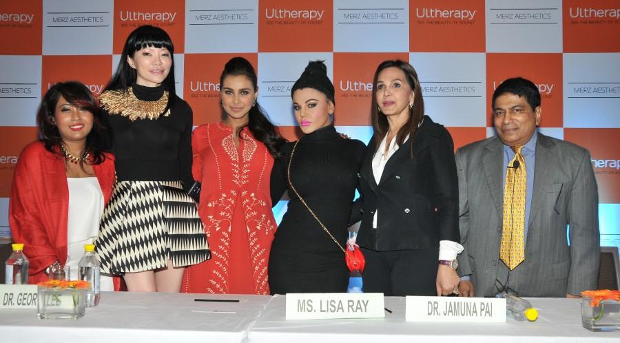 Lisa Ray,Rakhi Sawant,Prashant Virendra Sharma,Avesh Dadlani,Shweta Khanduri,Kavitta Verma,Sejal Mandavia,Anjali Pandey,Madhuri Pandey,Ultherapy