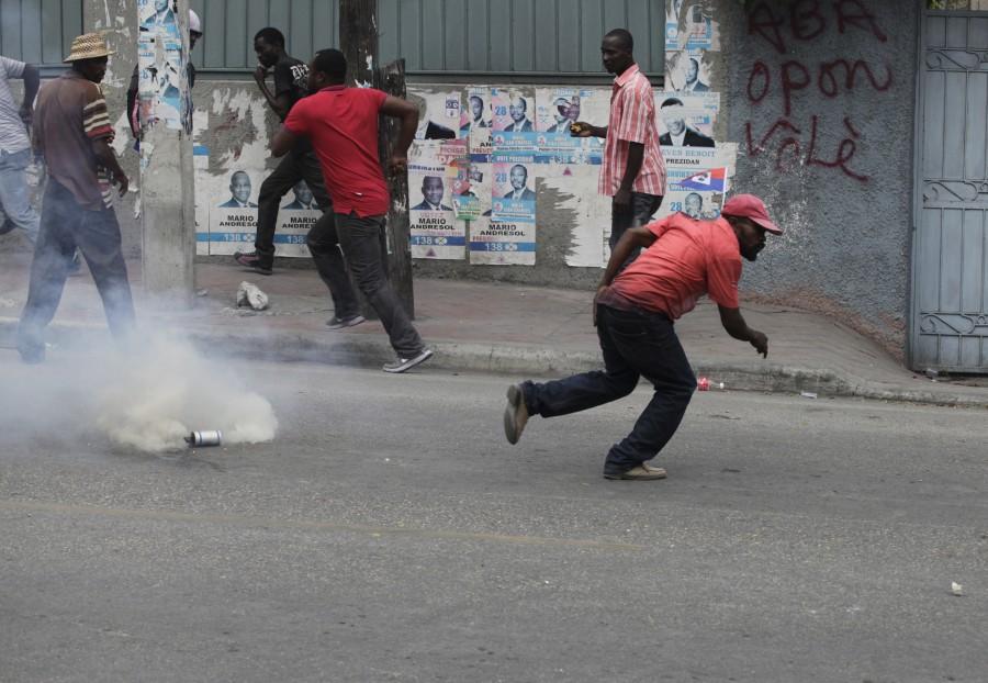 Haiti,presidential election,violence erupts,violence,Haiti violence,Pierre Louis Opont,Haiti's electoral council