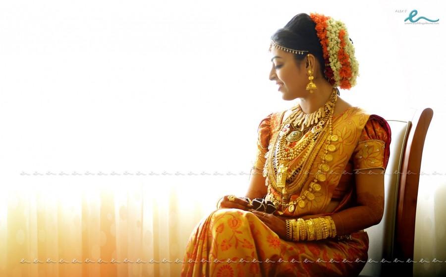 Radhika and Abhil Krishna wedding,Radhika weds Abhil Krishna,Radhika wedding photos,Radhika wedding pics,Radhika wedding images,Radhika wedding stills,Radhika wedding pictures,Radhika marriage,Radhika marriage photos,Radhika marriage pics,Radhika marriage