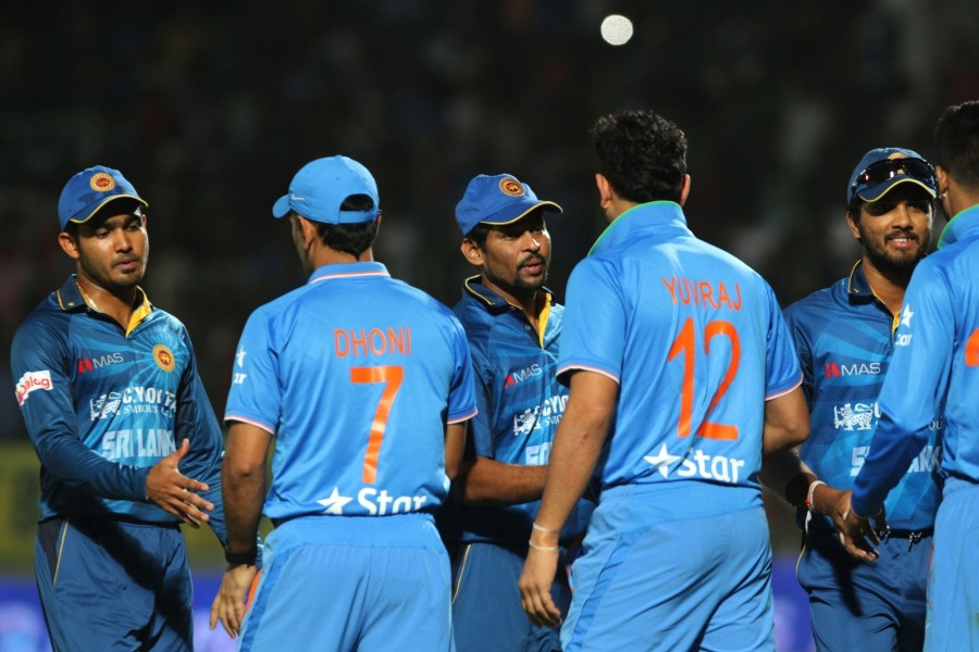 India beat Sri Lanka,India beat Sri Lanka to enter the final,India vs Sri Lanka,India vs Srilanks,India vs Sri Lanka T20 Series,India vs Sri Lanka 3rd T20,Ravichandran Ashwin,Ashwin,Ravichandran Ashwin Man of the Series,Ravichandran Ashwin bowling perform