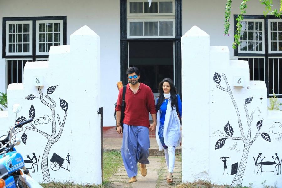 Prithviraj Sukumaran,James and alice,Prithviraj Sukumaran Vedhika,Vedhika,Vedhika in james and alice,james and alice posters,james and alice first looks
