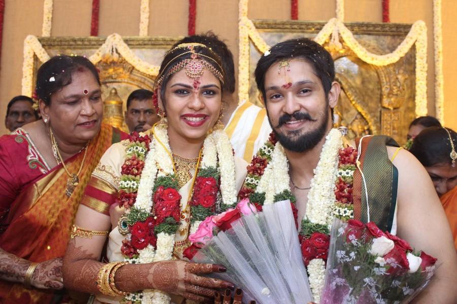 Nakul actor marriage photo
