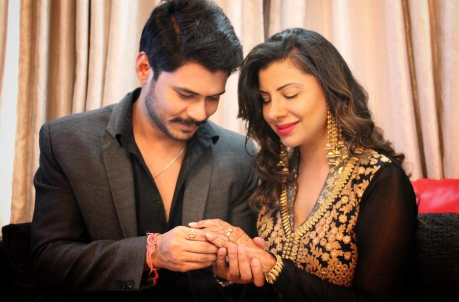 Sambhavana Seth,Sambhavana Seth engaged to Avinash Dwivedi,Avinash Dwivedi,Feisty TV actress Sambhavna Seth,actor Avinash Dwivedi