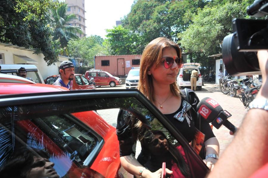 Deepshikha Nagpal,TV Actress Deepshikha Nagpal,physical assault,Keshav Arora,Deepshikha Nagpal accuses Keshav Arora