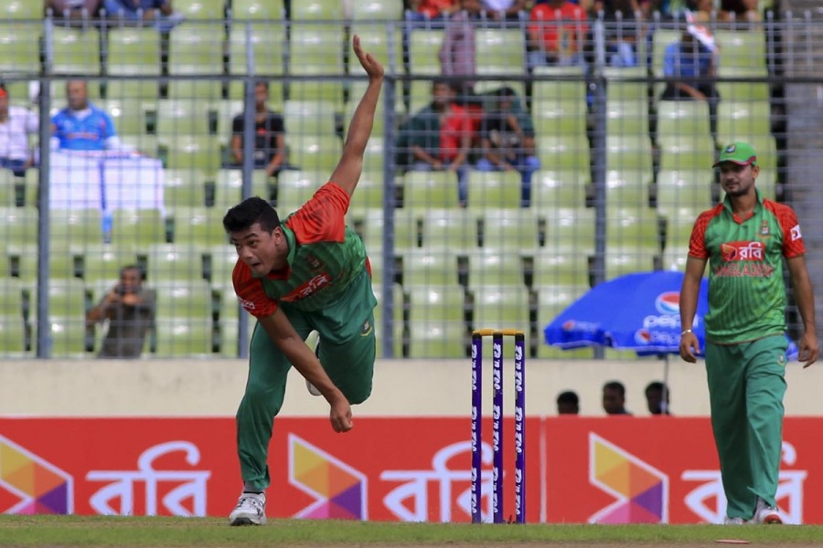 Arafat Sunny,Taskin Ahmed,Taskin and Sunny suspended,Taskin and Sunny,Bangladesh player suspended,World Twenty20 2016,World Twenty20,ICC World Twenty20 India 2016,icc world twenty20,Bangladesh's left-arm spinner Arafat Sunny,Bangladesh's medium