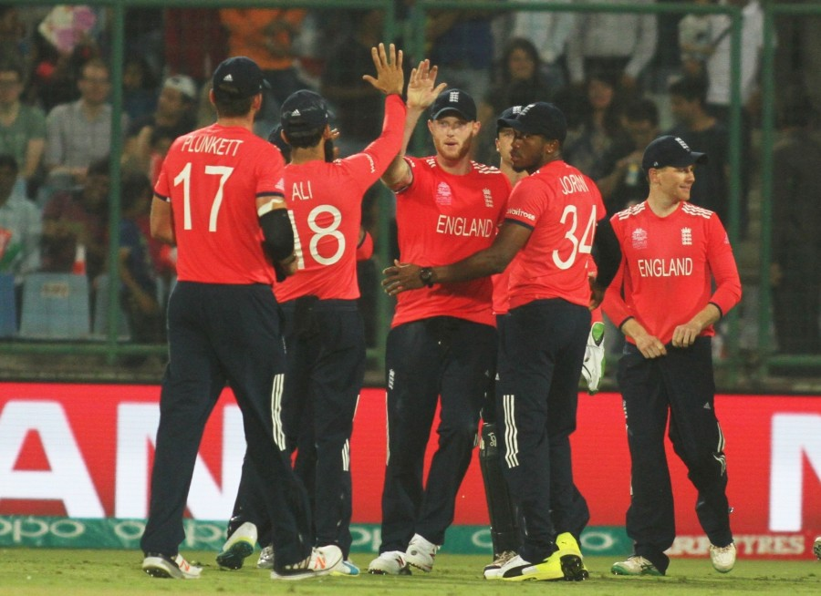 England reaches WT20 semis,England WT20 semis,England beat Sri Lanka,Sri Lanka,South Africa eliminated,Sri Lanka eliminated,South Africa eliminated,Ferozeshah Kotla,World Twenty20 cricket tournament,World Twenty20 cricket,WT20 semis,icc wt20,WT20,icc wt2