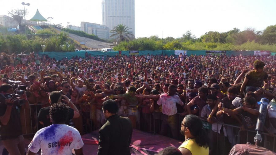 Yo Yo Honey Singh,Yo Yo Honey Singh in Dubai,Yo Yo Honey Singh's Holi celebration,A musical Holi for Yo Yo Honey Singh,musical Holi in Dubai,singing superstar Yo Yo Honey Singh