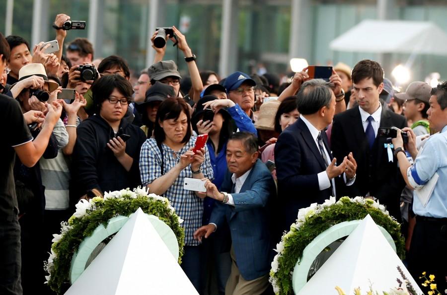 Barack Obama,Obama makes historic trip to Hiroshima,historic trip to Hiroshima,U.S. president to visit Hiroshima,U.S. president Barack Obama,Barack Obama at Hiroshima