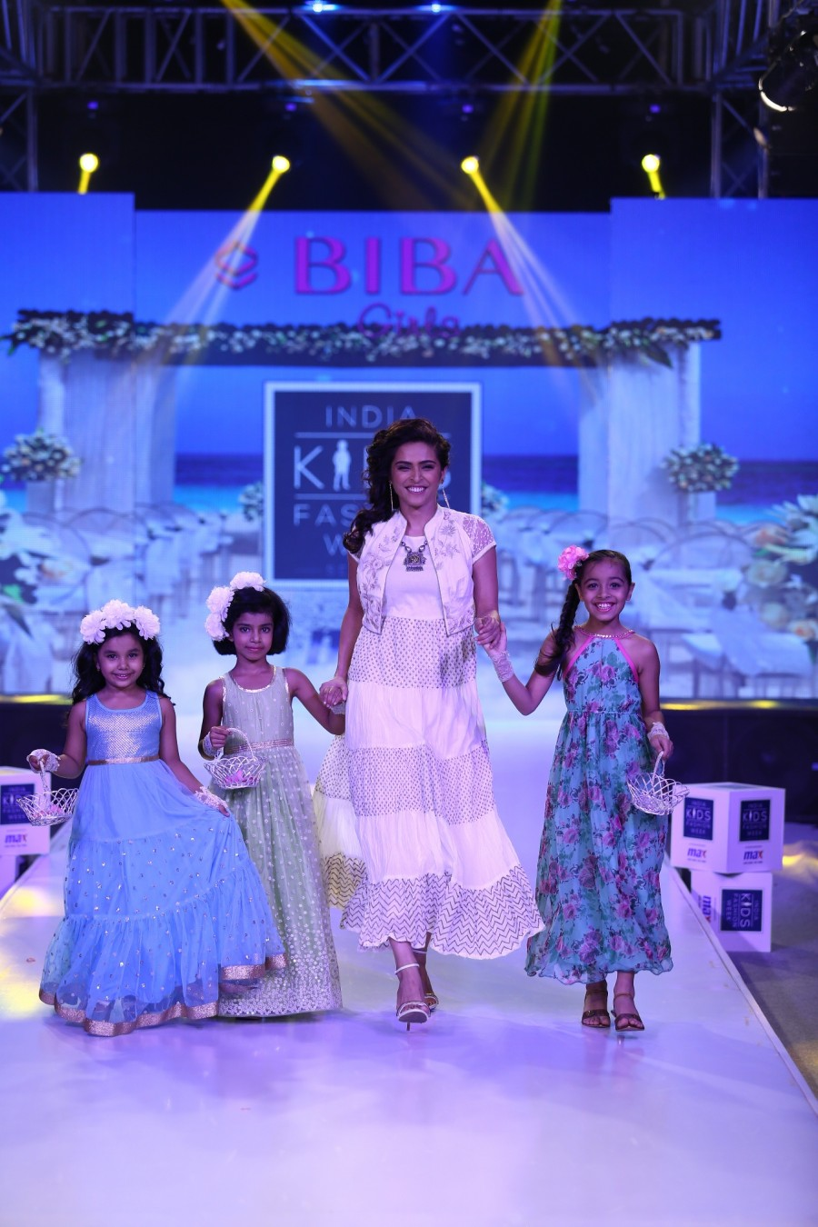 India Kids Fashion Week,India Kids Fashion Week Grand Finale,India Kids Fashion Week 2016,India Kids Fashion Week 2016 Grand Finale,Daisy Shah,Madhurima Tuli,Mika Singh,Kartik Aryan,Pia Bajpai
