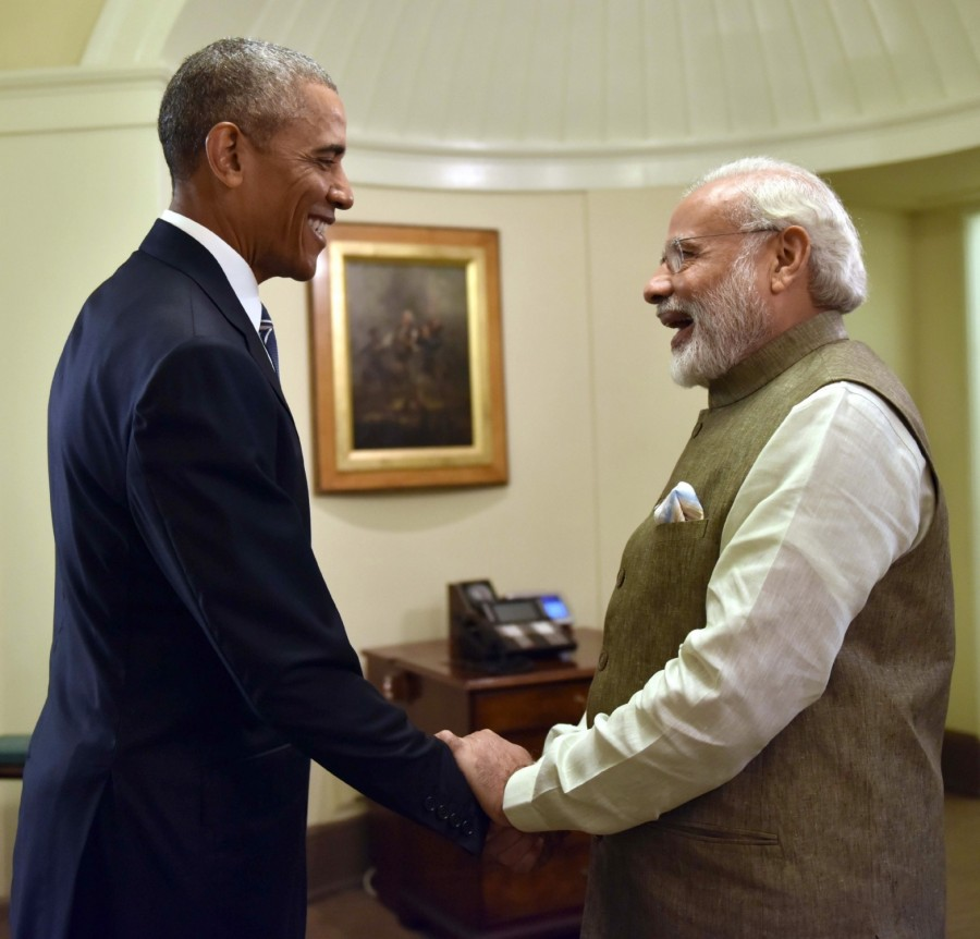 Narendra Modi,Barack Obama,Narendra Modi meets Barack Obama,Narendra Modi meets Barack Obama at White House,Modi meets Obama at White House,Modi meets Obama,USA President Barack Obama.,Prime Minister Narendra Modi,Oval Office,Washington