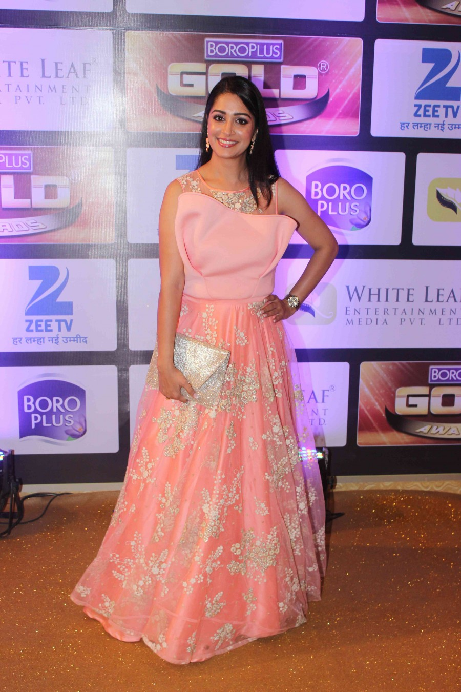 Zee Gold Awards,Zee Gold Awards 2016,Divyanka Tripathi,Gauahar Khan,Asha Negi,Jay Soni,Sidhant Gupta,Zee Gold Awards pics,Zee Gold Awards images,Zee Gold Awards photos,Zee Gold Awards stills,Zee Gold Awards pictures