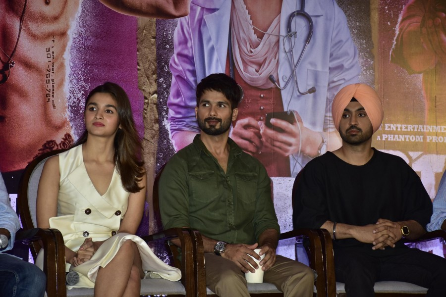 Udta Punjab,Udta Punjab press conference,Udta Punjab press meet,Shahid Kapoor,Alia Bhatt,Udta Punjab press meet pics,Udta Punjab press meet images,Udta Punjab press meet photos,Udta Punjab press meet stills,Udta Punjab press meet pictures