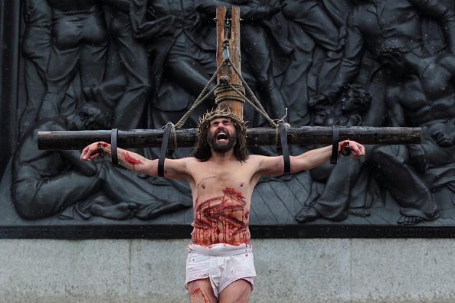 Good Friday,Good Friday 2015,Good Friday Wishes&Quotes,Easter 2015,Good Friday Sms,Happy Good Friday 2015,Jesus,Jesus statue