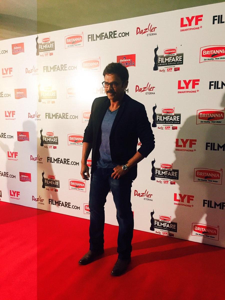 Filmfare Awards 2016,Filmfare Awards,Suriya,Jyothika,Suriya at Filmfare Awards,Jyothika at Filmfare Awards,Filmfare Awards pics,Filmfare Awards images,Filmfare Awards photos,Filmfare Awards stills,Filmfare Awards pictures,Nayanthara,Venkatesh,Jayam Ravi