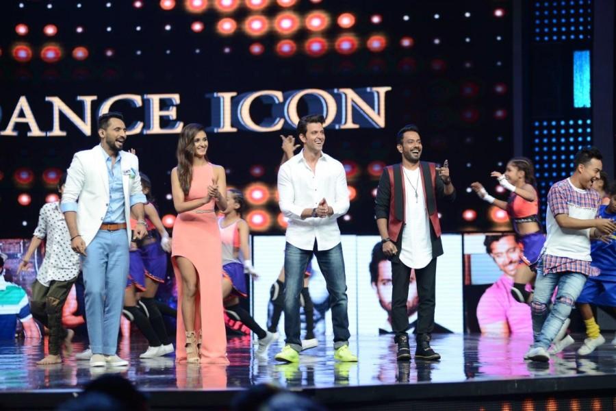 Mohenjo Daro,Mohenjo Daro promotion,Hrithik Roshan,Pooja Hegde,Dance + Season 2,Mohenjo Daro on Dance + Season 2,Hrithik Roshan and Pooja Hegde,Mohenjo Daro movie promotion