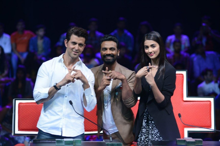 Mohenjo Daro,Mohenjo Daro promotion,Hrithik Roshan,Pooja Hegde,Dance + Season 2,Mohenjo Daro on Dance + Season 2,Hrithik Roshan and Pooja Hegde,Mohenjo Daro movie promotion