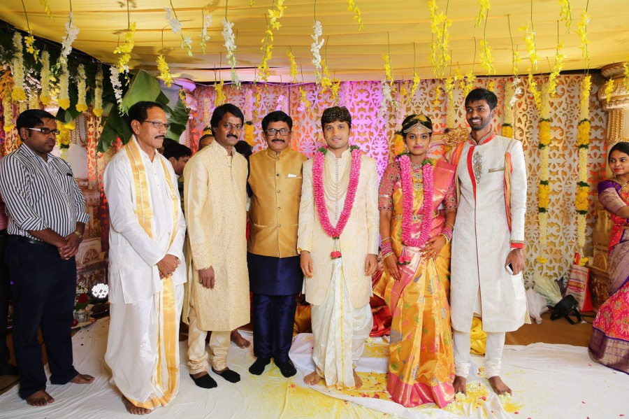 Prabhu Thej and Varsha Reddy,Prabhu Thej,Varsha Reddy,Prabhas,Mohan Babu Manchu,Nirmala Devi,Murali Mohan,Dasari Narayana Rao,Prabhu Thej and Varsha Reddy wedding,Prabhu Thej and Varsha Reddy wedding pics,Prabhu Thej and Varsha Reddy wedding images