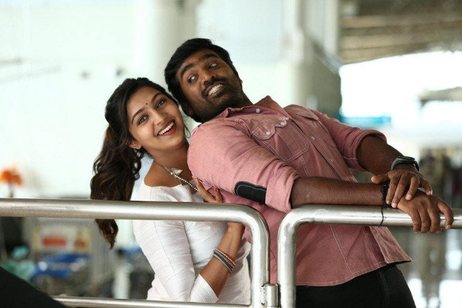 Vijay Sethupathi,Lakshmi Menon,Rekka movie stills,Rekka movie pics,Rekka movie images,Rekka movie photos,Rekka movie pictures,Vijay Sethupathi in Rekka,Lakshmi Menon in Rekka,Vijay Sethupathi and Lakshmi Menon