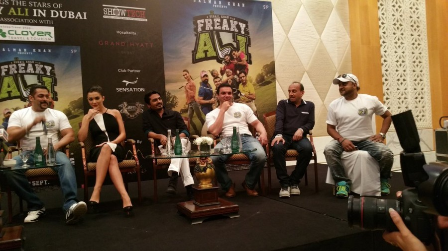 Freaky Ali,Freaky Ali in Dubai,Salman Khan,Amy Jackson,Salman Khan and Amy Jackson,Freaky Ali promotion,Freaky Ali movie promotion