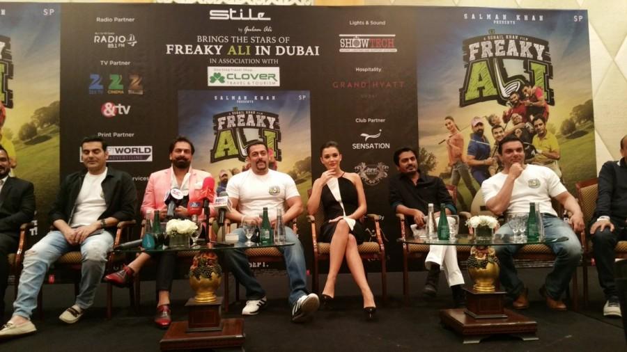 Freaky Ali,Freaky Ali in Dubai,Salman Khan,Amy Jackson,Salman Khan and Amy Jackson,Freaky Ali promotion,Freaky Ali movie promotion