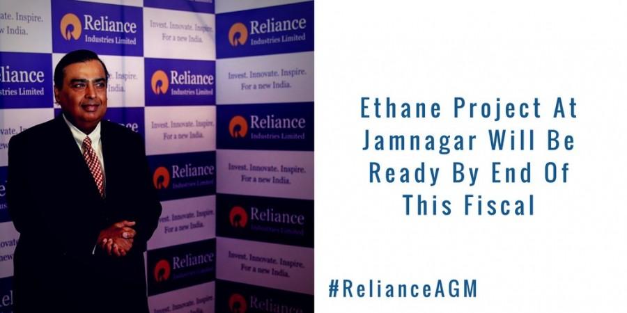 Mukesh Ambani,Mukesh Ambani launches Reliance Jio 4G,Reliance Jio 4G,Jio 4G,reliance jio 4G launch,Jio 4G launch,Jio 4G launch pics,Jio 4G launch images,Jio 4G launch photos,Jio 4G launch stills,Jio 4G launch pictures