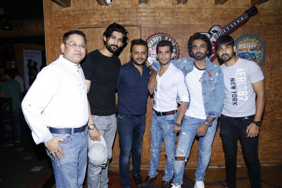 R-ADDA Rooftop Bar,Ashim Kemson,Swati Marwal,Sachin Chaudhary,Vaishali Sardana,Armaan Thakur,Ishwar Dwivedi,Suraj Shakya,Amit Singh Rajput