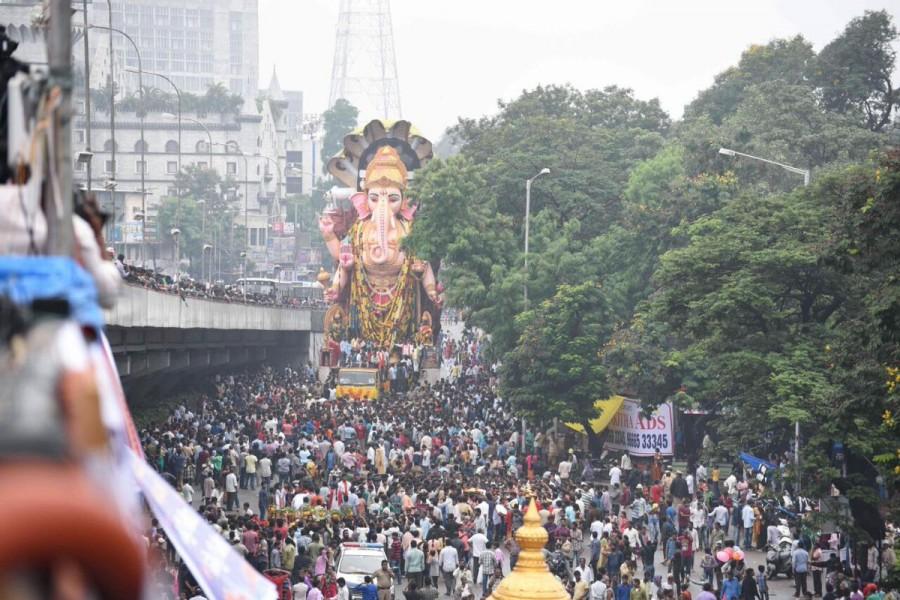 Maha Ganapathi,Maha Ganapathi immersion,Maha Ganapathi immersion in Hyderabad,Ganapathi immersion in Hyderabad,Ganesh Visarjan,Ganesh Visarjan in Hyderabad,Ganesh Visarjan pics,Ganesh Visarjan images,Ganesh Visarjan photos,Ganesh Visarjan pictures