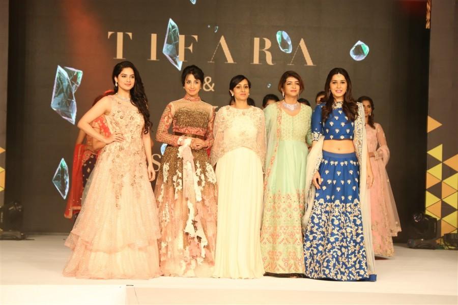 South Scope Lifestyle Awards 2016,South Scope Lifestyle Awards,Vijay Sethupathi,Samantha Ruth Prabhu,Latha Rajinikanth,Aishwarya Dhanush,Soundarya Ashwin,Madhumitha,Manchu Lakshmi,Sanjana Galrani,Mariazeena Johnson,Raashi Khanna