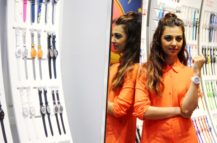 Radhika Apte,actress Radhika Apte,Radhika Apte launches the new SWATCH store,SWATCH store,Radhika Apte pics,Radhika Apte images,Radhika Apte stills,Radhika Apte pictures