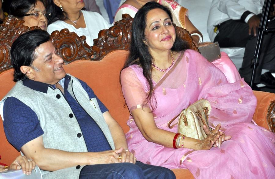 Hema Malini,Suresh Wadkar,Anup Jalota,Ravindra Jain,Ravindra Jain's death anniversary,Ravindra Jain death anniversary