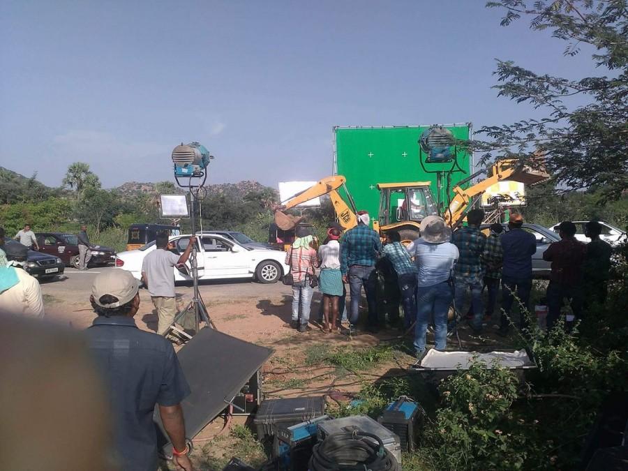 Mahesh Babu,AR Murugadoss,Mahesh Babu and AR Murugadoss,Mahesh Babu and AR Murugadoss working stills,Mahesh Babu and AR Murugadoss working pics,Mahesh Babu working stills,Mahesh Babu working pics,Mahesh Babu working images,Mahesh Babu working photos,Mahes