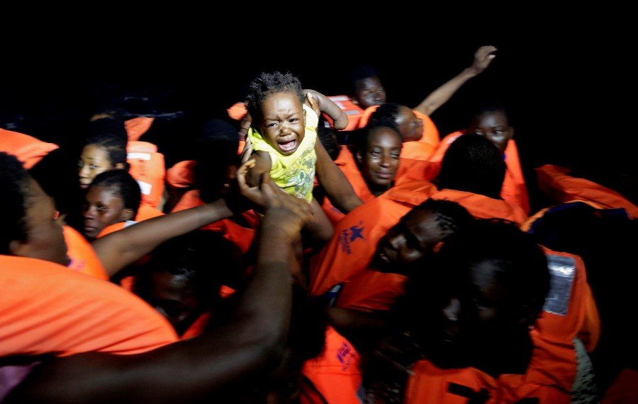 Migrant rescue,Migrant,Mediterranean Sea,Operation in Mediterranean rescues,Migrants Rescued,Migrant rescues,Boat migrant rescues,refugees
