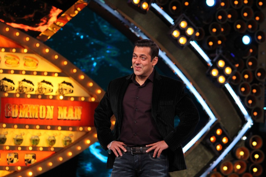 Bigg Boss 10,Salman Khan loves Lokesh,Salman Khan,Lokesh's funny antics,Lokesh funny antics,Bigg Boss- Weekend Ka Vaar episode,Bigg Boss Weekend Ka Vaar episode,Weekend Ka Vaar episode
