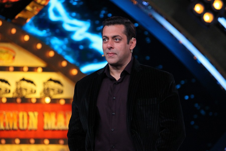 Bigg Boss 10,Salman Khan loves Lokesh,Salman Khan,Lokesh's funny antics,Lokesh funny antics,Bigg Boss- Weekend Ka Vaar episode,Bigg Boss Weekend Ka Vaar episode,Weekend Ka Vaar episode