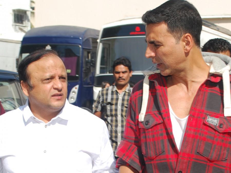 Bhamla Foundation,Akshay Kumar,Raj Kumar Hirani,MCGM JaanBachao campaign,MCGM JaanBachao