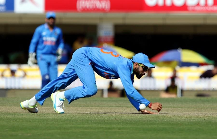 India vs New Zealand,India vs New Zealand Ranchi ODI,India vs New Zealand 4th ODI,India vs New Zealand pics,India vs New Zealand images,India vs New Zealand photos,India vs New Zealand stills,India vs New Zealand pictures