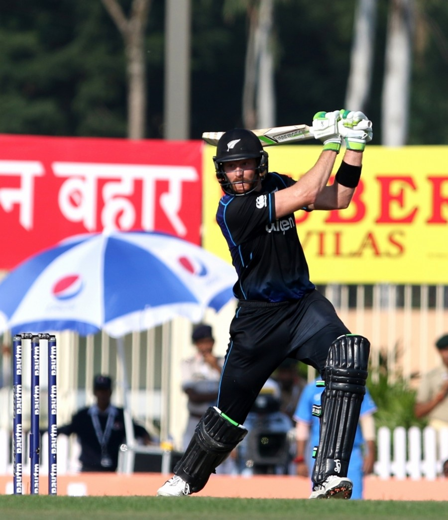 India vs New Zealand,India vs New Zealand Ranchi ODI,India vs New Zealand 4th ODI,India vs New Zealand pics,India vs New Zealand images,India vs New Zealand photos,India vs New Zealand stills,India vs New Zealand pictures