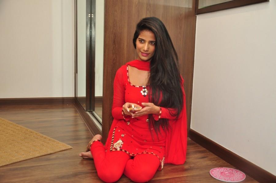Poonam Pandey,Poonam Pandey celebrate Diwali,Poonam Pandey Diwali,Poonam Pandey pics,Poonam Pandey images,Poonam Pandey photos,Poonam Pandey stills,Poonam Pandey pictures,lPoonam Pandey latest pics,lPoonam Pandey latest images,lPoonam Pandey latest photos