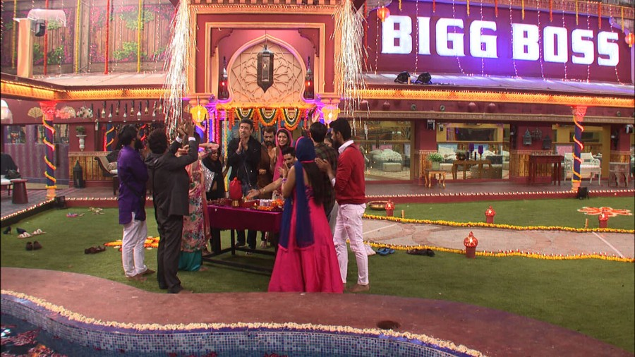 Bigg Boss 10,Bigg Boss,Diwali celebrations in the Bigg Boss house,Diwali celebrations Bigg Boss house,Diwali celebrations Bigg Boss 10,Bigg Boss 10 Diwali celebrations,Bigg Boss Diwali celebrations