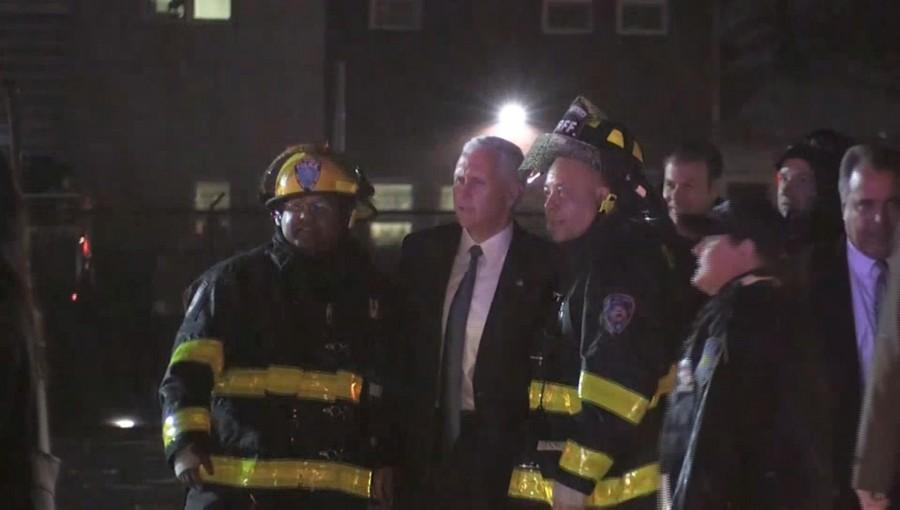 Mike Pence skids,Mike Pence,Mike Pence skids off runway,Mike Pence off runway,LaGuardia Airport,LaGuardia airport