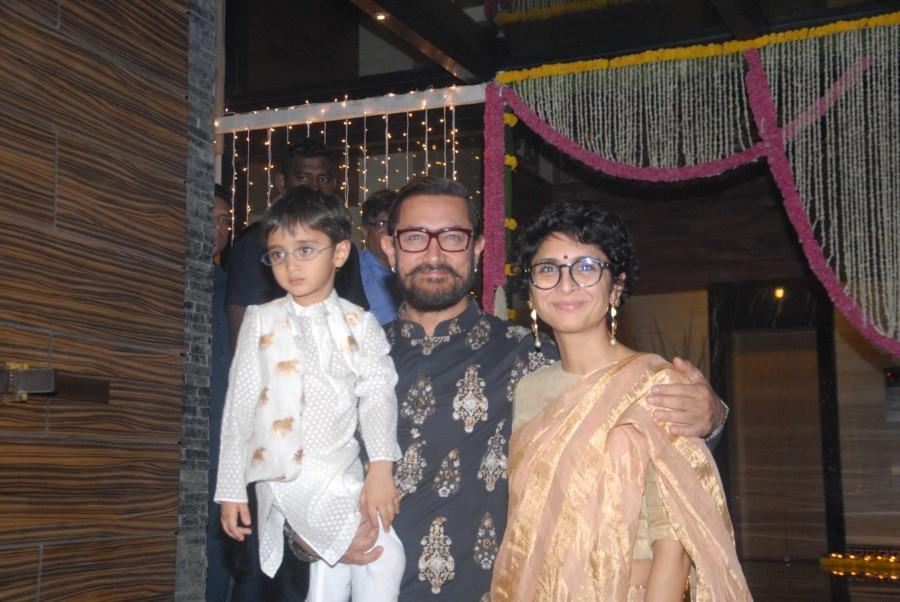 Aamir Khan's Diwali party 2016,Aamir Khan's Diwali party,Aamir Khan Diwali party 2016,Aamir Khan Diwali party,Sunny Leone,Vidya Balan,Sanjay Dutt,Aamir Khan Diwali party pics,Aamir Khan Diwali party images,Aamir Khan Diwali party photos,Aamir Kh