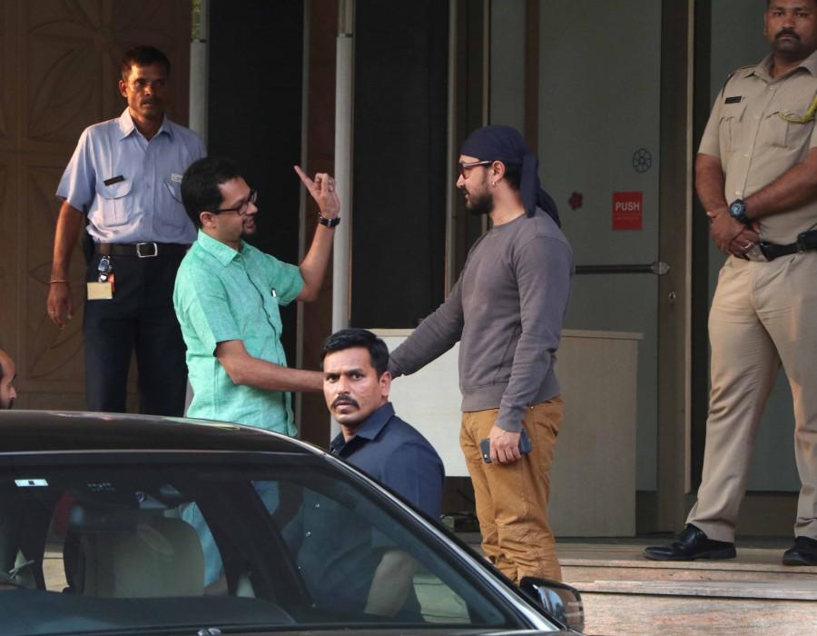 Aamir Khan at Kokilaben hospital,Aamir Khan spotted at Kokilaben hospital,Kokilaben hospital,Aamir Khan,actor Aamir Khan,Aamir Khan latest pics,Aamir Khan latest images,Aamir Khan latest photos,Aamir Khan latest stills,Aamir Khan latest pictures