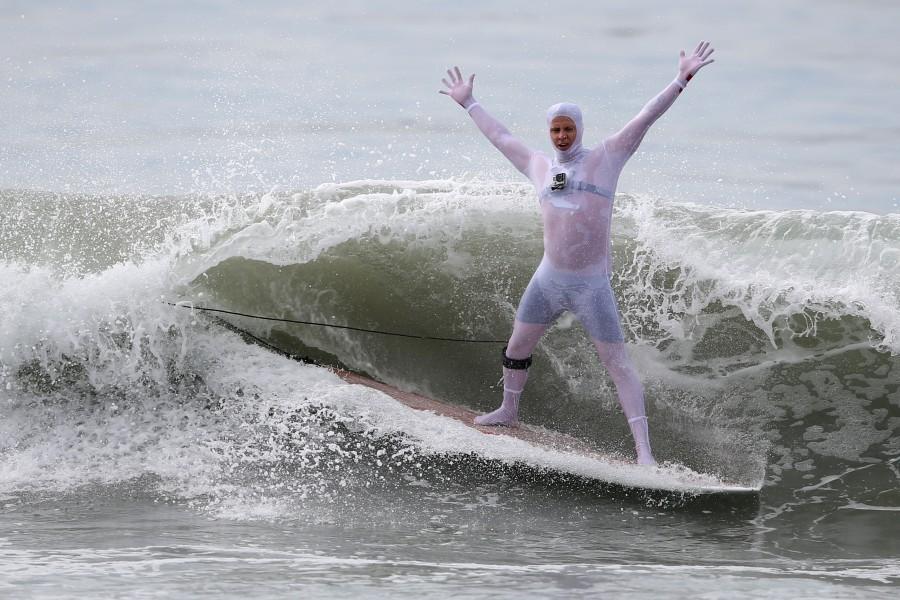 Halloween surf contest,Halloween surf contest 2016,Halloween meets surfing,Santa Monica,Haunted Heats Halloween Surf Contest