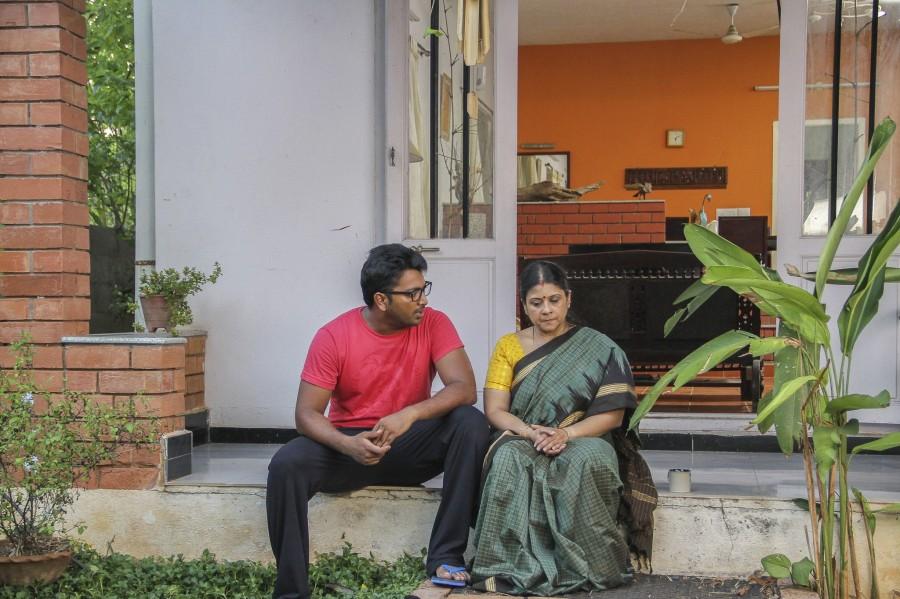 Kalaiyarasan,Janani Iyer,Adhe Kangal,Adhe Kangal Movie Stills,Adhe Kangal Movie pics,Adhe Kangal Movie images,Adhe Kangal Movie photos,Adhe Kangal Movie pictures,Tamil movie Adhe Kangal