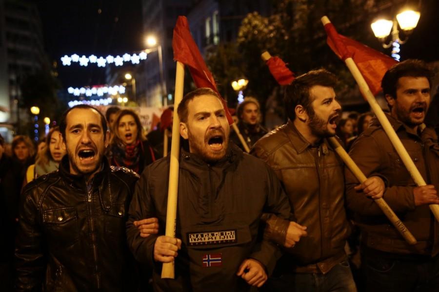Greek police,Greece protests Obama's visit,Barack Obama,Barack Obama visit to Athens,U.S. President Barack Obama,protesting against Barack Obama,Barack Obama trip to Europe,Barack Obama in Europe,petrol bomb