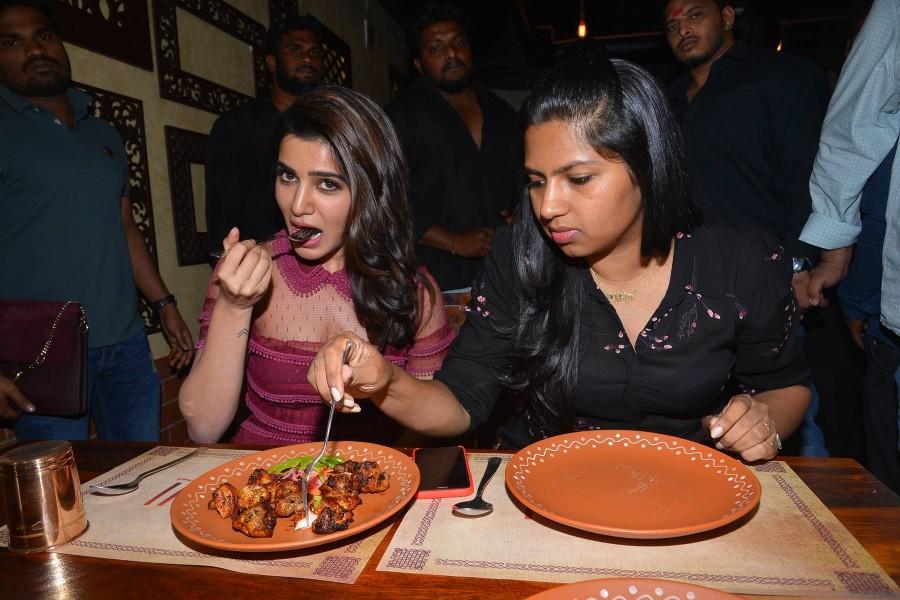 Samantha,Samantha Ruth Prabhu,Samantha launches Nithin's T- Grill restaurant,Nithin's T- Grill restaurant,T- Grill restaurant,Samantha hot pics,Samantha hot images,Samantha hot photos,Samantha hot stills,Samantha hot pictures