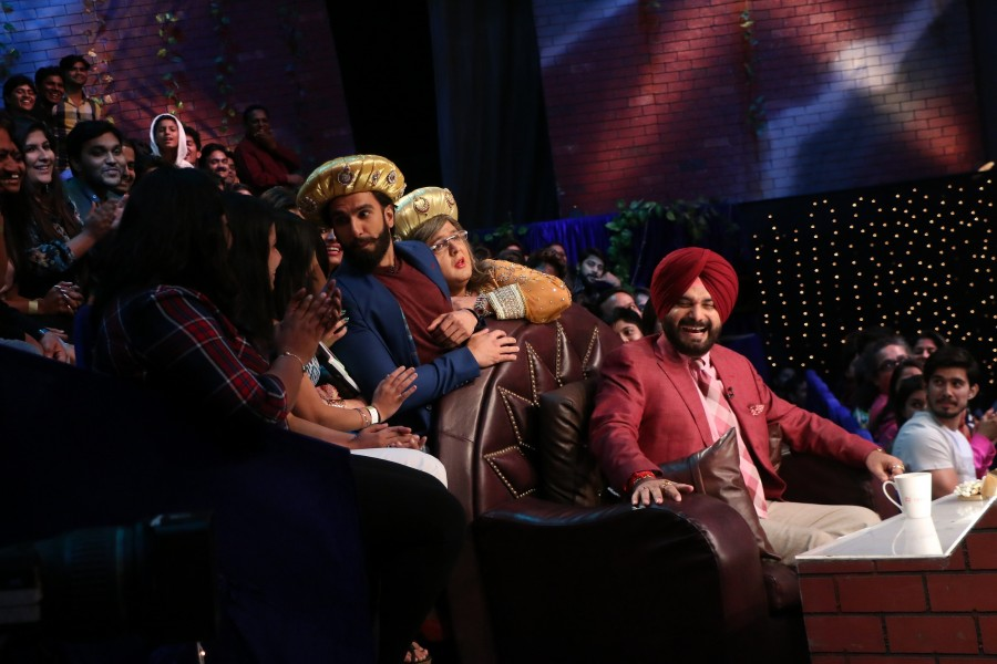 Ranveer Singh and Vaani Kapoor,Ranveer Singh,Vaani Kapoor,Befikre,Befikre promotion,Befikre movie promotion,Befikre on the sets of The Kapil Sharma Show,The Kapil Sharma Show